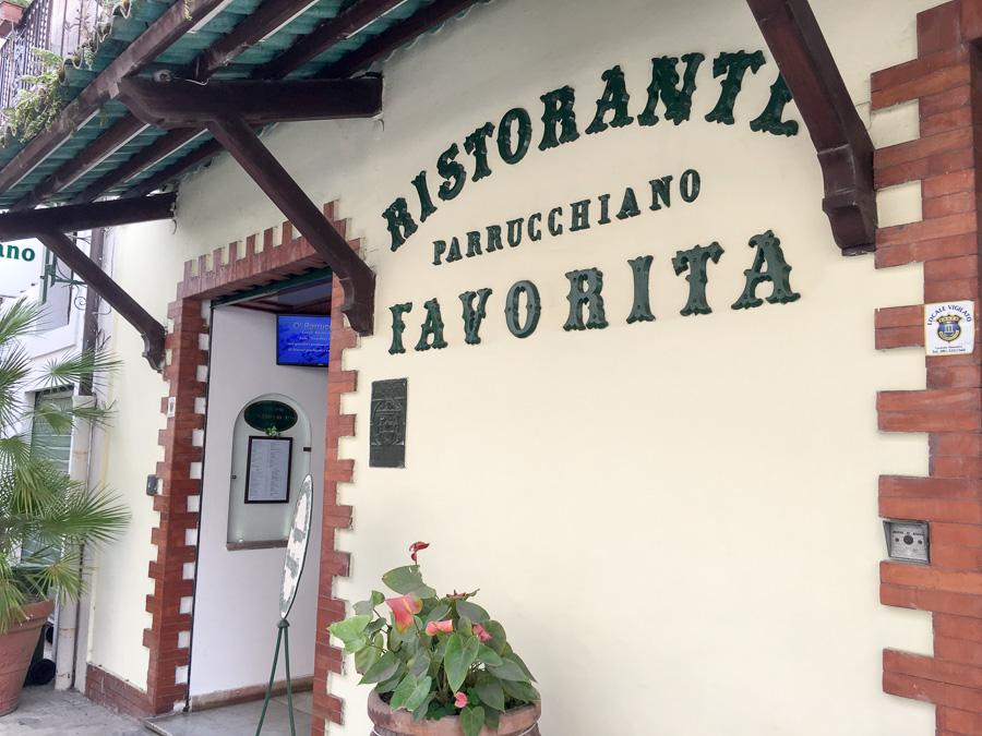 entrance ristorante parrucchiano favorita sorrento italy