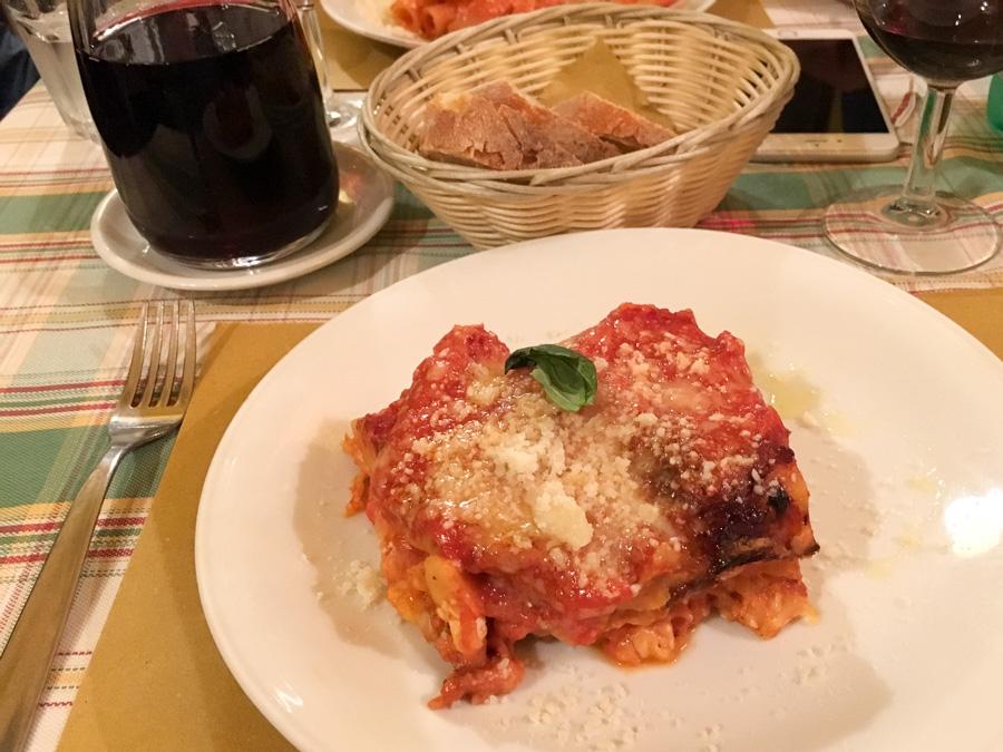 lasagne alla napoletana chanteclers trattoria sorrento italy