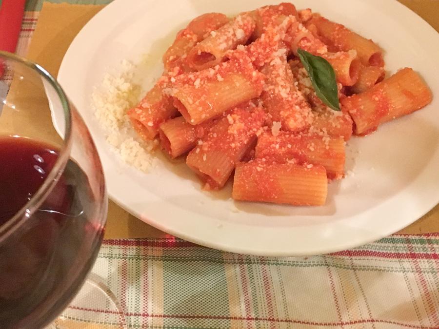rigatoni ricotta, pomodoro e basilico chanteclers trattoria sorrento italy
